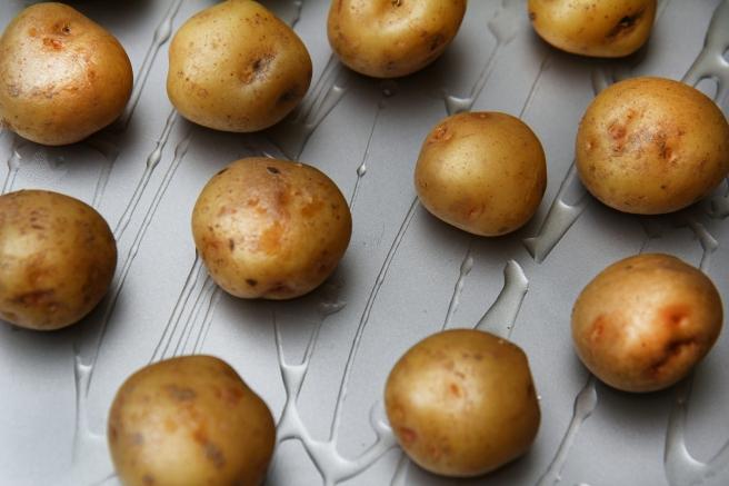 Lambalundir með parmesan gremolata krömdum kartöflum og sveppasósu með piparosti