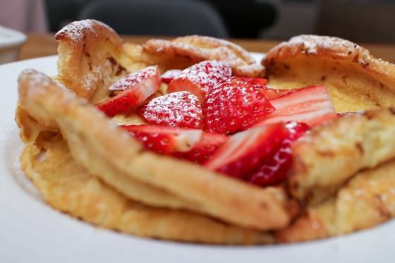 Puffed pancake