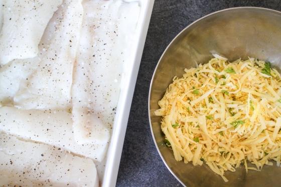 Fiskur undir krydduðum osta- og rasphjúp