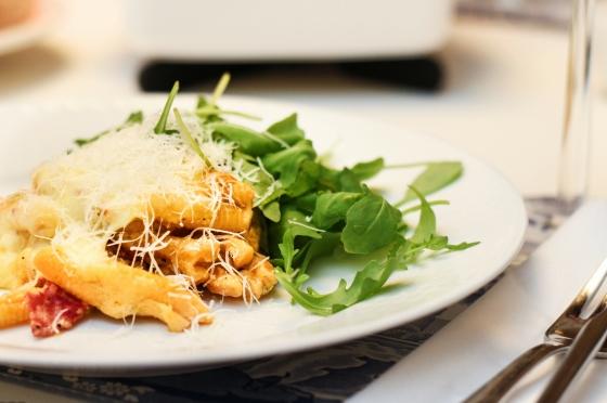 Pasta með salami og blaðlauki
